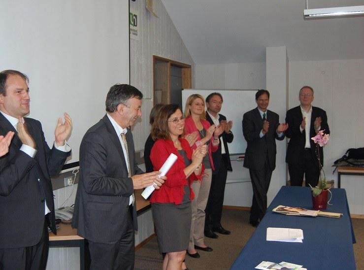 Cécile de Terwangne et l'équipe enseignante du DTIC lors de la cérémonie de diplomation de la promotion 2012-2013